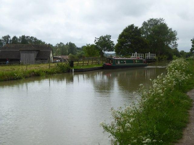 Narrow boat and swing bridge at Giles Wood