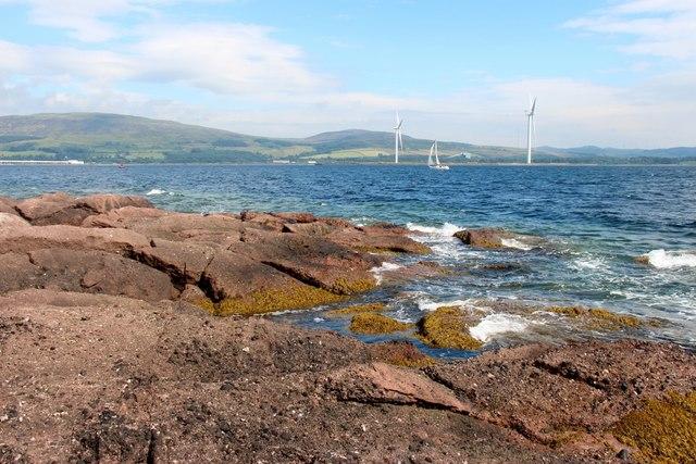 Summer seas at Farland Point