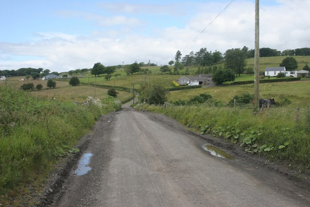 Road to Capellie Farm