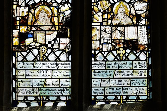 Swinbrook, St. Mary's Church: South aisle window with reset medieval glass 2