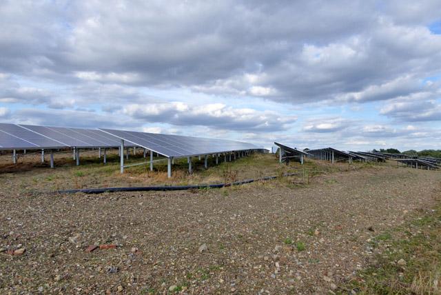 Solar farm north of B376
