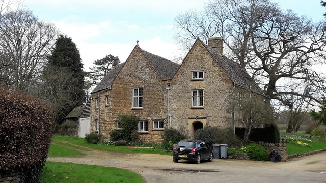 The Bell House, Little Tew