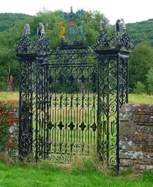 Gate near Holme Lacy