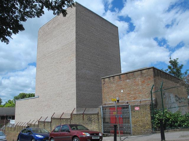 Victoria Line ventilation shaft, Netherton Road / Seven Sisters Road, N15 (4)