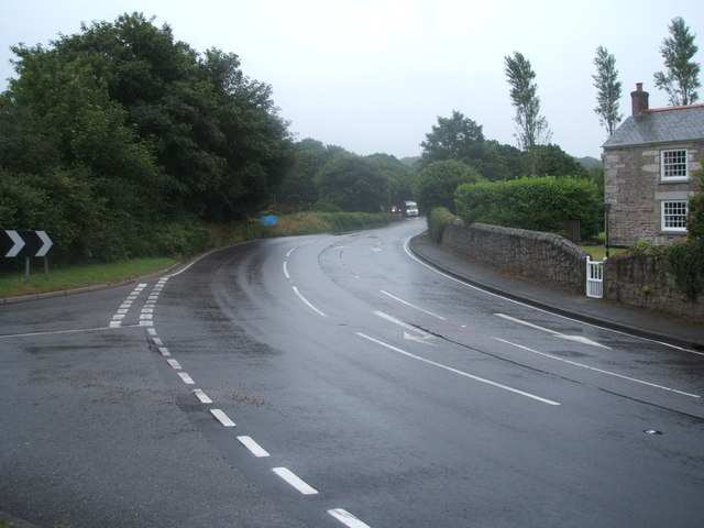 Bend in the A393, Comford