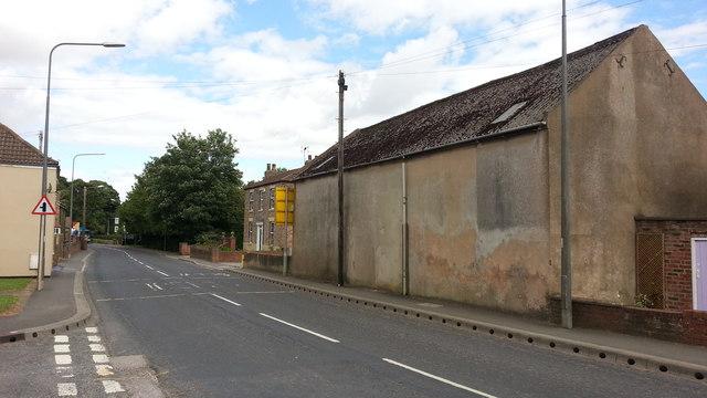 Swinefleet - Low Street at Fisk Walk