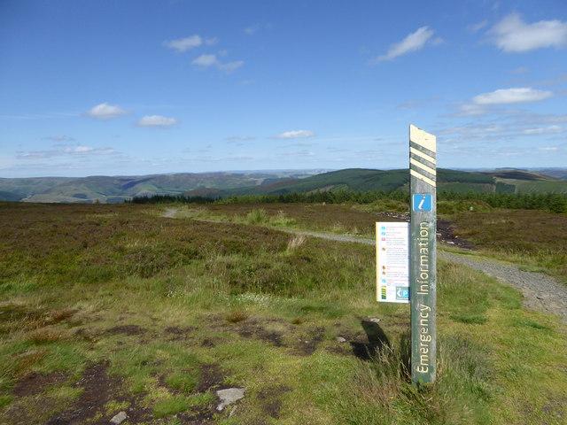 Emergency information post, Minch Moor