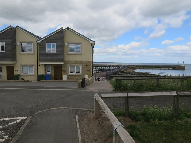 New houses in Amble