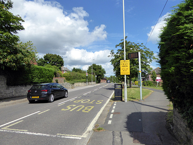 Bus stop at Broadwey