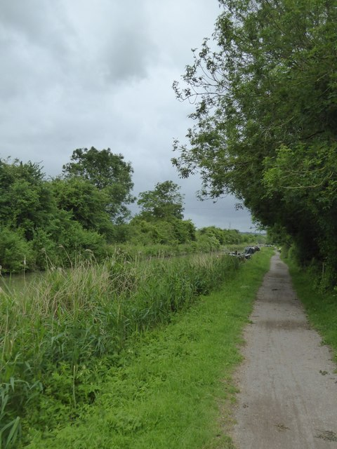 Approaching Bradford-on-Avon on the canal towpath
