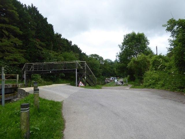 Footbridge over canal, Barton Farm