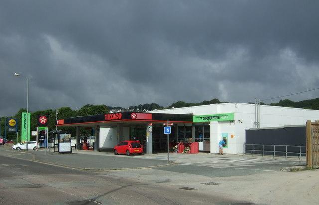 Service station on Western Promenade Road