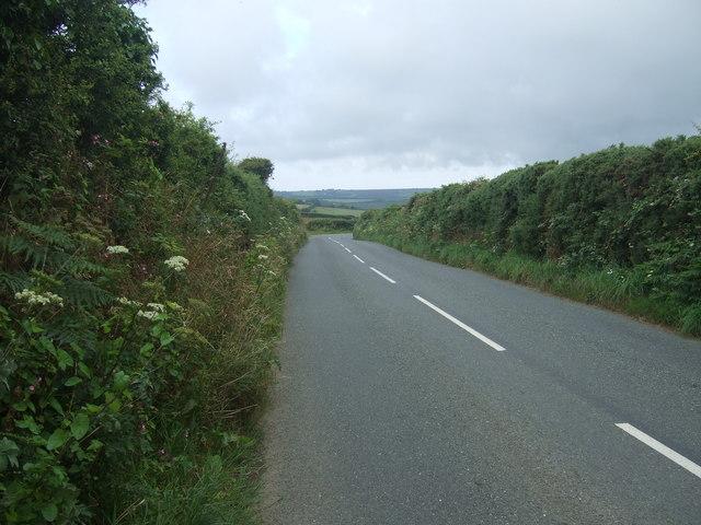 B3315 toward Treen