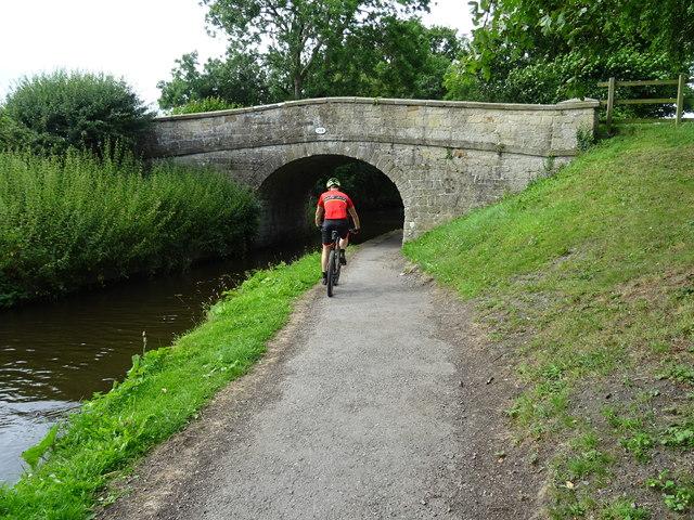 Llangollen Canal - Bridge 26W