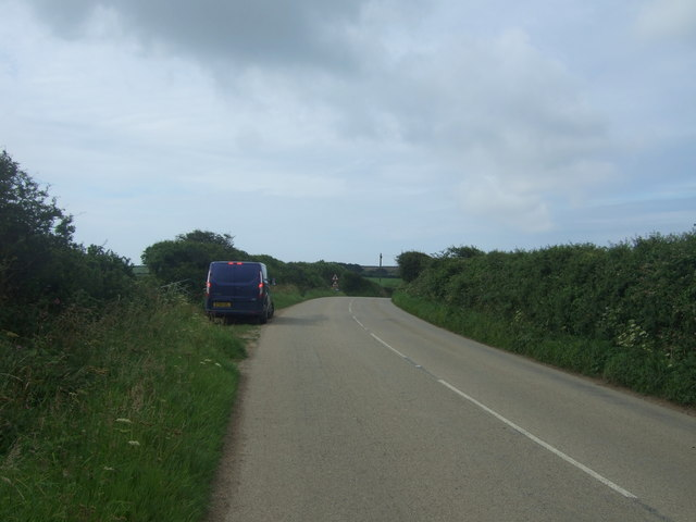 B3283 towards Lands End