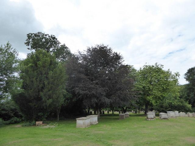 St Mary Magdalene, Wartling: churchyard (2)