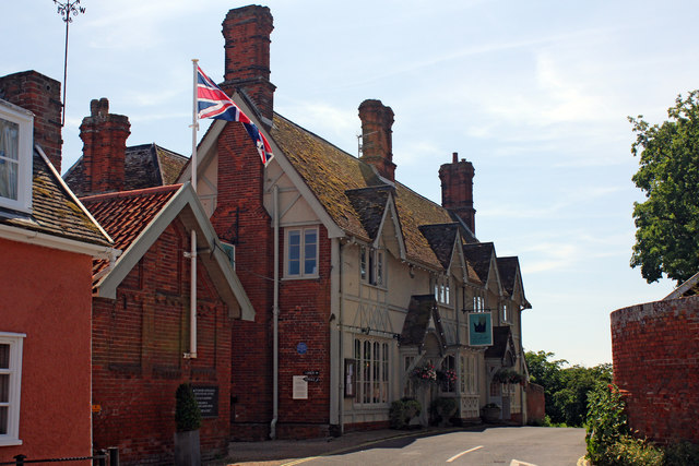 The Crown and Castle, Castle Terrace, Orford