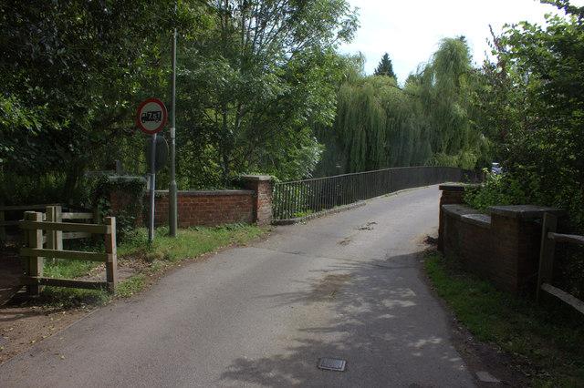 Thorncroft Manor road bridge over the River Mole