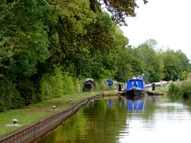 Approaching Quoisley Lock near Willey Moor in Cheshire