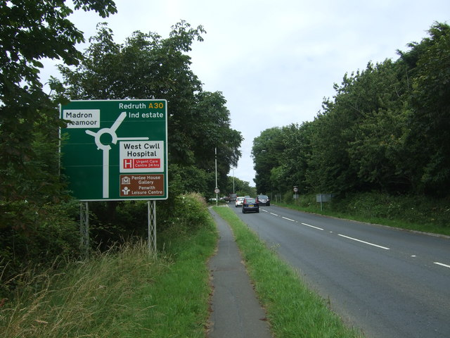 A30 approaching Heamoor Roundabout