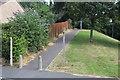 ST2986 : Footpath to railway footbridge by M J Roscoe