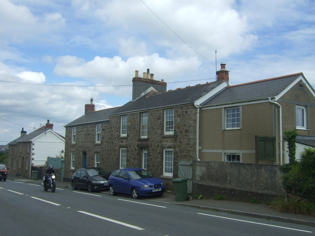 Houses on the A30, Canon's Town