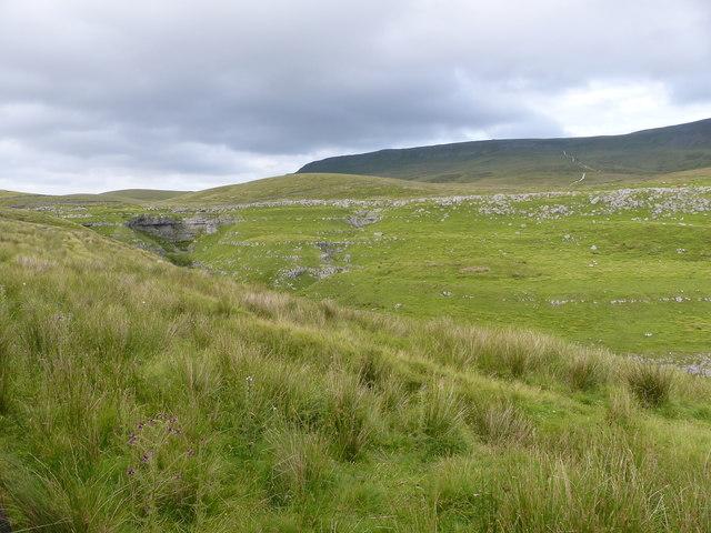 Dry Valley at Tarn Bar