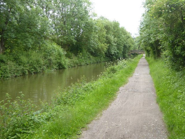 Stokeford Bridge over canal
