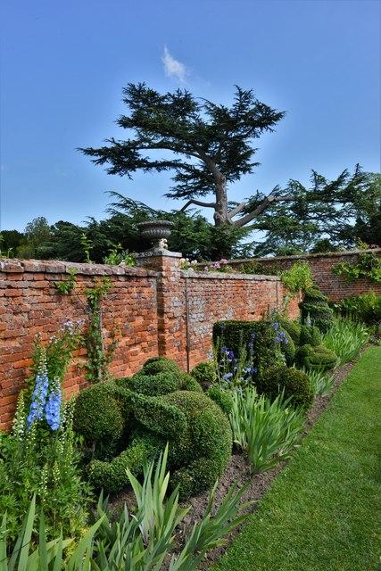 Helmingham Hall: The Topiary Border