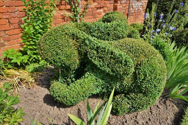 Helmingham Hall: The Topiary Border, rabbit