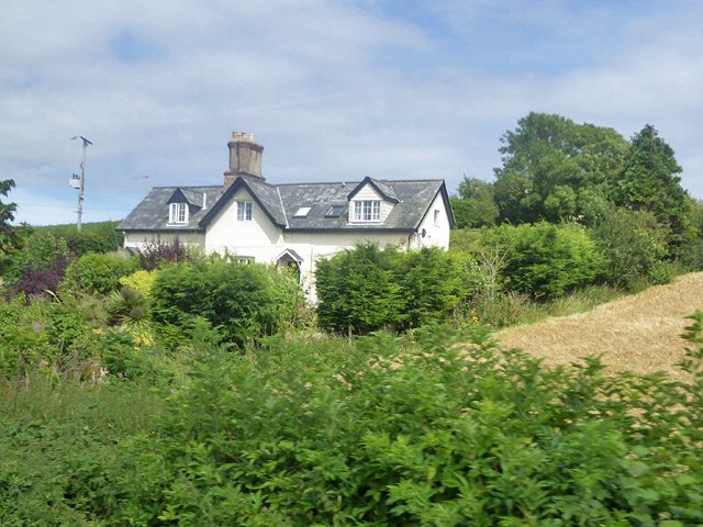 Cottages on Bowcombe Road