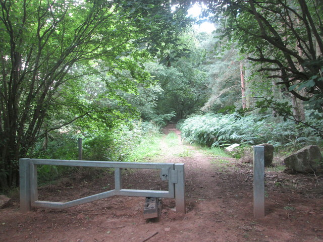 Barrier at the entrance to Wellow Park woodland