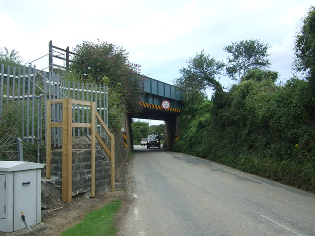 Railway bridge over Chenhalls Road
