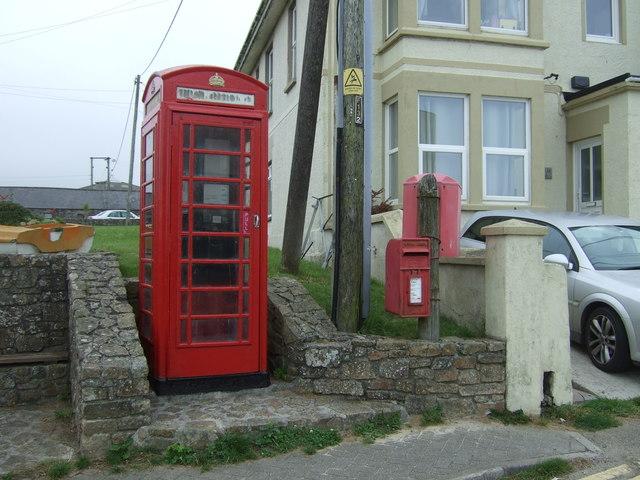 Elizabeth II postbox and telephone box on Trevenner Square, Marazion
