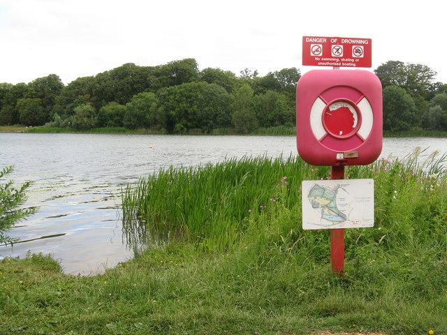 Lake, Hinchingbrooke Country Park