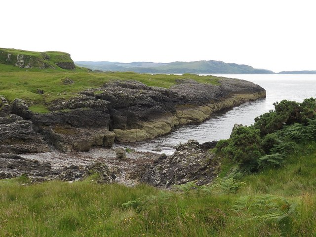 Rocky bay south-east of Ardmore