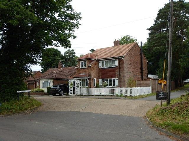 Woodcock Drive - Houses near Hillside Farm
