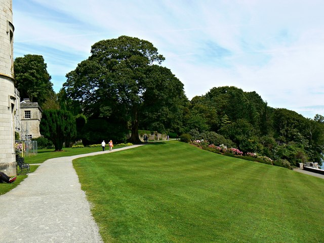 Grounds east of Plas Newydd