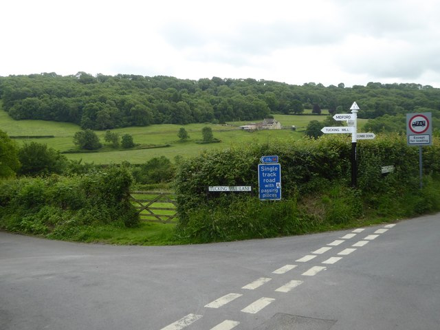 The end of Tucking Mill Lane