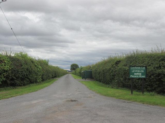 Entrance to Leyfields Farm