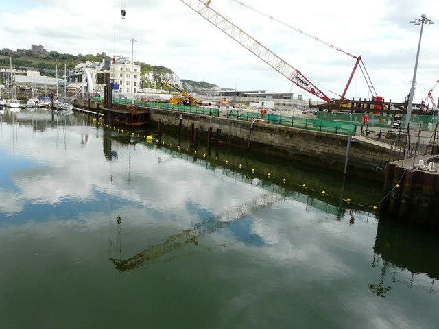 Construction site, quay beside Wellington Dock