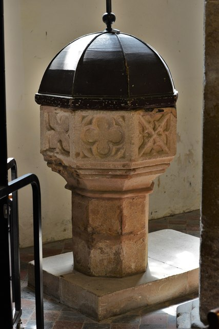 Quainton, Holy Cross and St. Mary Church: The font