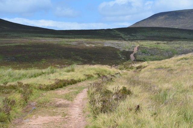 Thieves Road to Cauldstane Slap