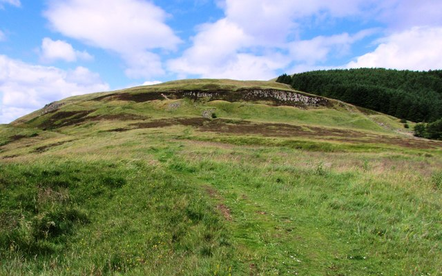 Path to Bishop Hill, Lomond Hills