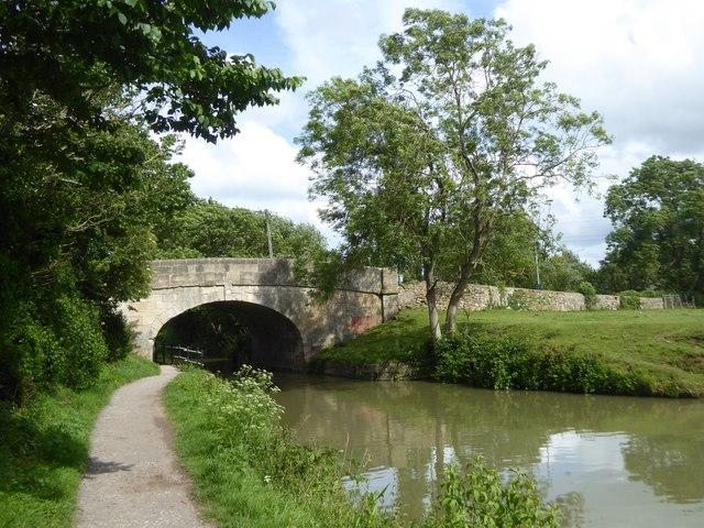 Trowbridge Road bridge over canal