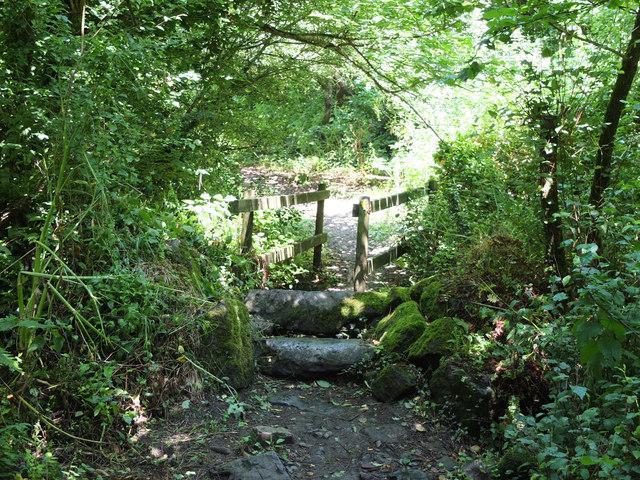 Footbridge between Gwendreath Farm and Kuggar