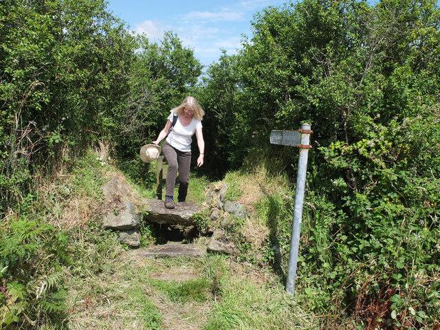 Footpath from Kuggar to Gwendreath Farm