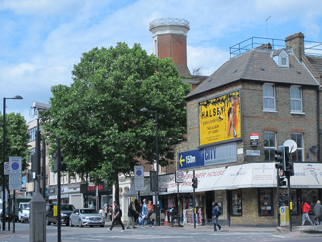 Fonthill Road / Seven Sisters Road, N7
