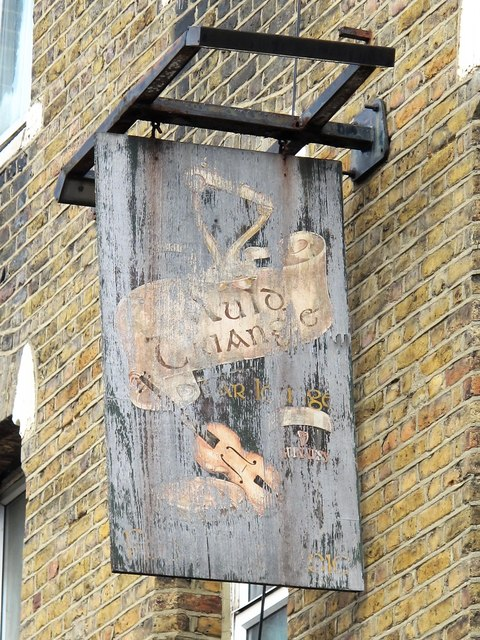 Sign for The Auld Triangle, St. Thomas's Road / Plimsoll Road, N4