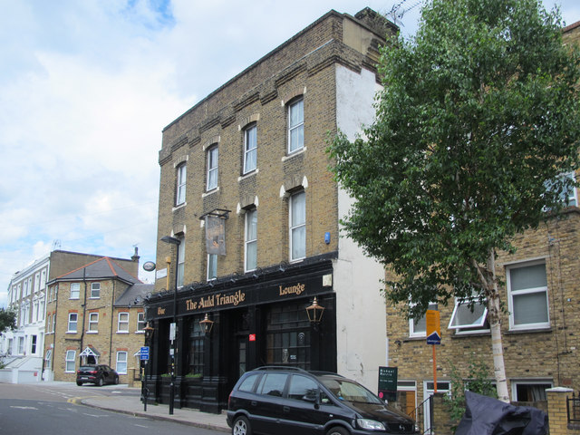The Auld Triangle, St. Thomas's Road / Plimsoll Road, N4 (2)